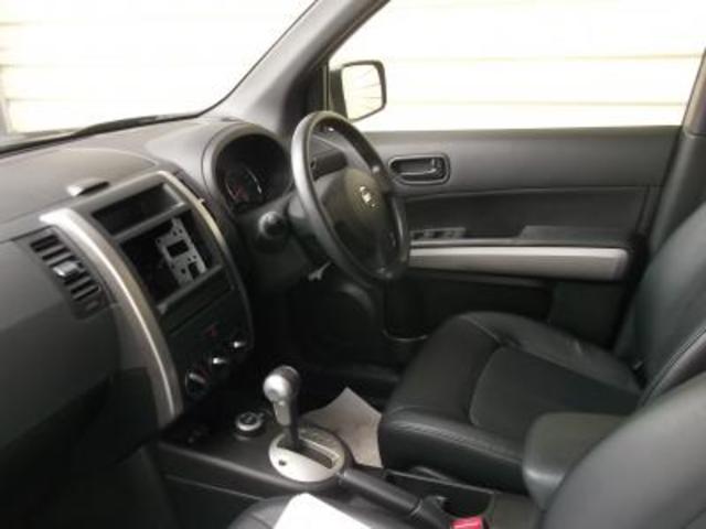 日産 エクストレイル 20S 4WD
