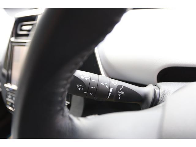 「トヨタ」「プリウス」「セダン」「山梨県」の中古車39