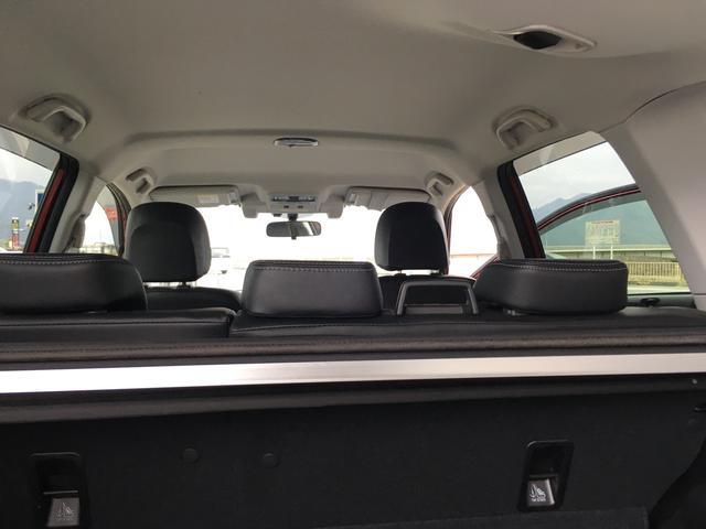 2.0XT アイサイト 女性ワンオーナー 社外ナビ 当社整備車両 修復は屋根板の軽微なへこみを修理(12枚目)