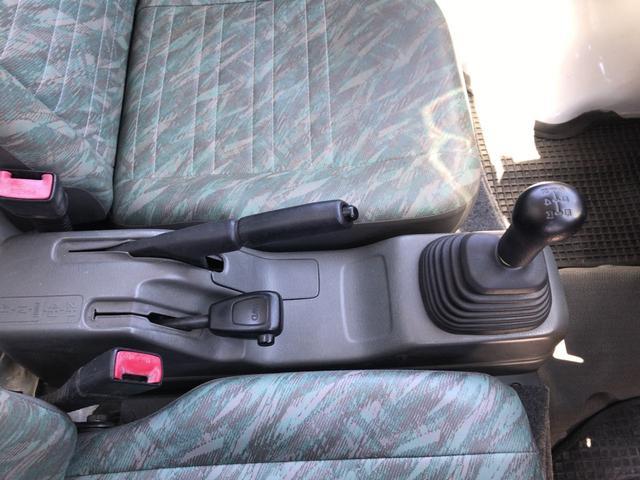 スズキ キャリイトラック KD 4WD 5MT パワステ ナビ 三方開 トノカバー付き