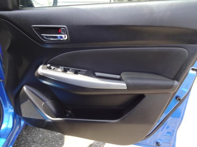 XL セーフティパッケージ装着車 1オーナー 禁煙 ナビ地地デジバックカメラ デュアルセンサーブレーキ アダプティブクルコン シートヒーター 車線逸脱警告 パドルシフト ドラレコ サイドエアバッグ(5枚目)