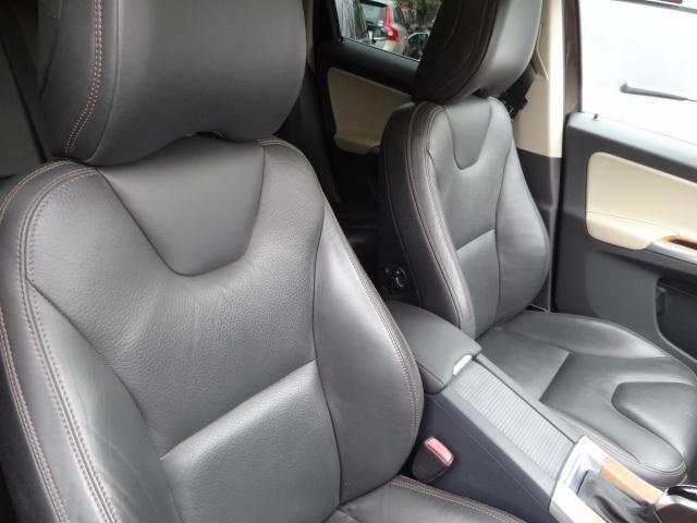 「ボルボ」「ボルボ XC60」「SUV・クロカン」「山梨県」の中古車7