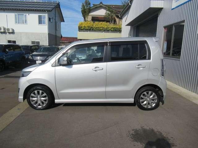 「スズキ」「ワゴンRスティングレー」「コンパクトカー」「新潟県」の中古車3