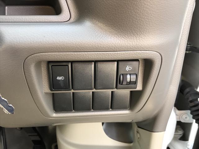 PAリミテッド 4WD 届出済未使用車 キーレス ラジオ(12枚目)