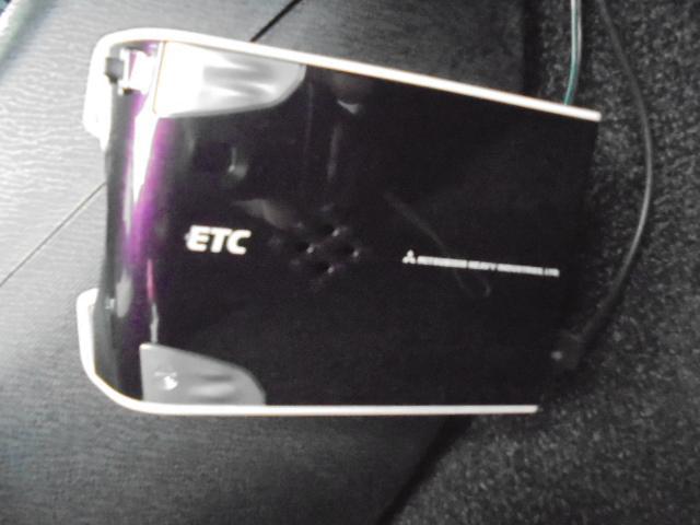 S SDナビ/TV バックカメラ スマートキー ETC パワーウインドウ CDオーディオ 電動格納式ドアミラー AC パワーステアリング ABS ディスチャージヘッドライト ダブルエアバック(26枚目)