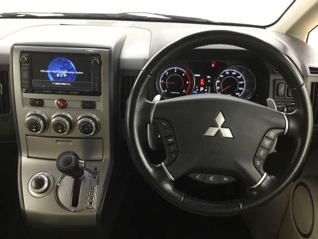 2.2 D プレミアム Dターボ 4WD ロックフォード(7枚目)