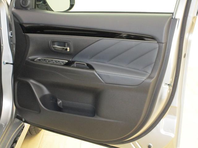 運転席ドア内側の画像です。