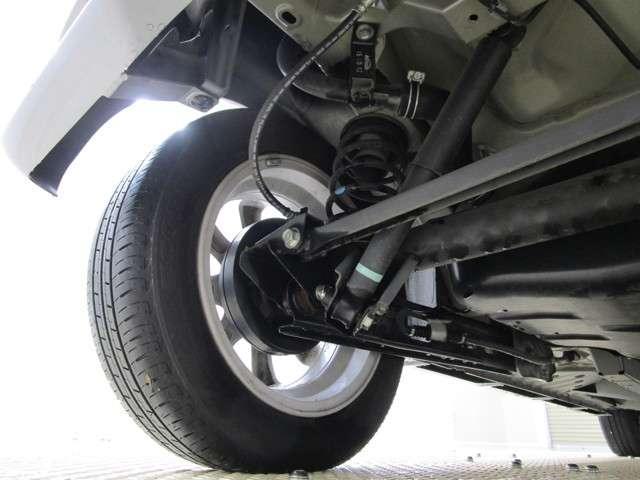 カスタムG e-アシスト ナビ・バックカメラ・片側電動スライドドア・衝突被害軽減ブレーキ・誤発進抑制・ETC・ロールサンシェード・ドアバイザー・リヤサーキュレーター・リヤスポイラー・フルセグTV(18枚目)