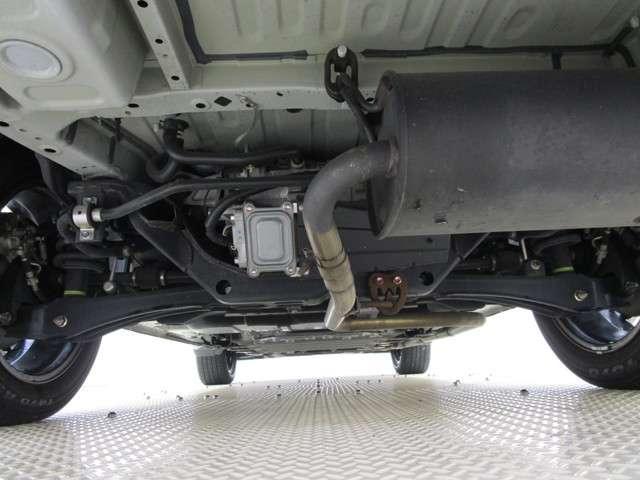 Gプレミアムパッケージ フルセグメモリーナビ 本革シート ETC S-AWC マルチアラウンドモニター 衝突被害軽減ブレーキ 車線逸脱警報装置 レーダークルーズコントロール オートマチックハイビーム 100VAC電源(16枚目)