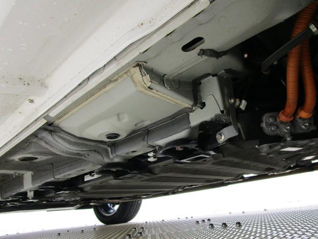 Gプレミアムパッケージ フルセグメモリーナビ 本革シート ETC S-AWC マルチアラウンドモニター 衝突被害軽減ブレーキ 車線逸脱警報装置 レーダークルーズコントロール オートマチックハイビーム 100VAC電源(30枚目)