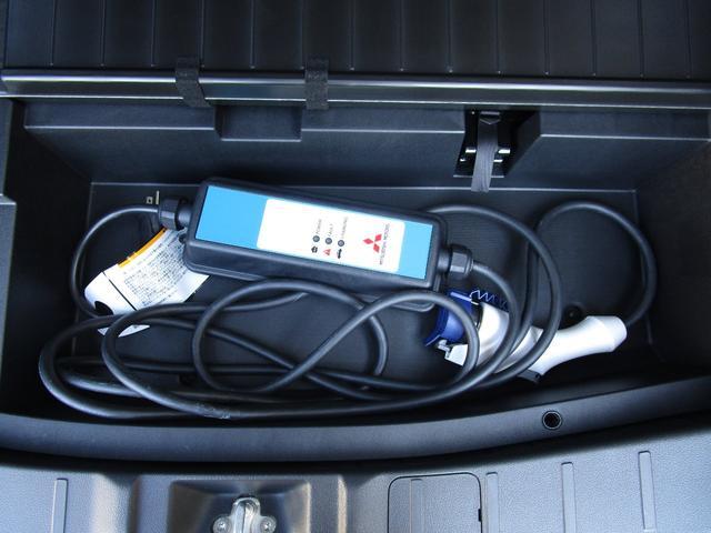 Gセーフティパッケージ 禁煙車/パイオニア製7インチフルセグナビ/スマートコマンダー/全周囲カメラ/100V1500W電源/急速充電/リモートコントロール/ステアリングヒーター/フロントシートヒーター(60枚目)