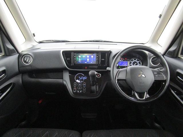 カスタムT セーフティパッケージ 4WD/禁煙車/フルセグ対応メモリーナビ/全方位カメラ/衝突軽減ブレーキシステム/ロールサンシェード/リヤサーキュレーター/運転席シートヒーター/LEDヘッドライト/フォグランプ(6枚目)