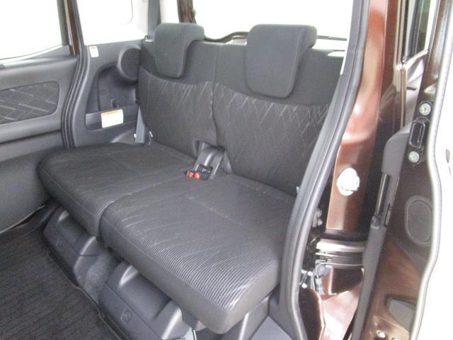 カスタムT セーフティパッケージ 4WD/禁煙車/フルセグ対応メモリーナビ/全方位カメラ/衝突軽減ブレーキシステム/ロールサンシェード/リヤサーキュレーター/運転席シートヒーター/LEDヘッドライト/フォグランプ(35枚目)