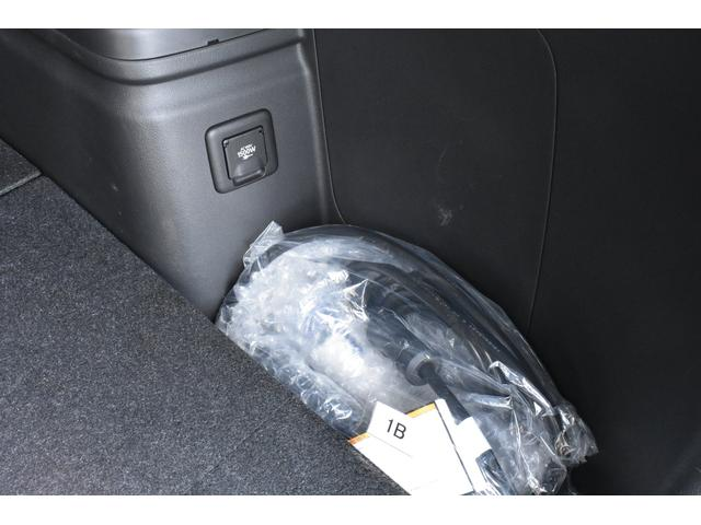 Gプレミアムパッケージ ブラックレザー 純正ナビ100V電源(11枚目)