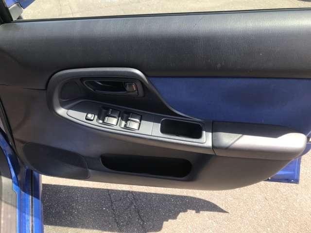 WRX STi 4WD キーレス ターボ車 エアコン(7枚目)