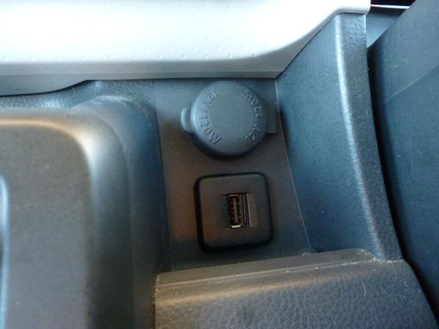 USBポートも完備です!