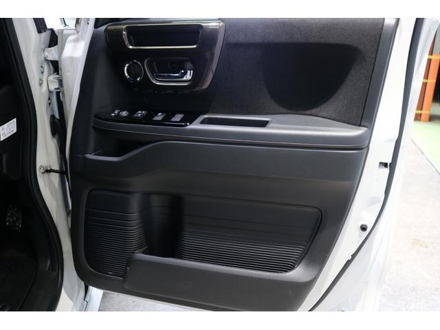 G・Lホンダセンシング 4WDケンウッド8インチナビブラックアイフルタップ車高調BBS16インチ社外マフラーETC両側パワースライドドアバックカメラLEDリフレクタークルコン(44枚目)