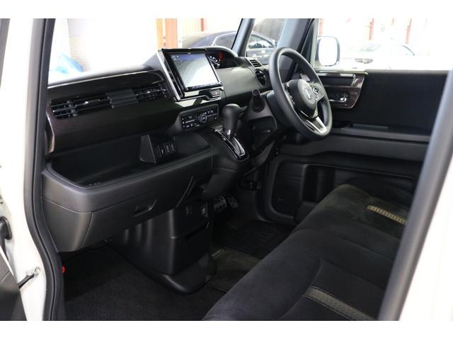 G・Lホンダセンシング 4WDケンウッド8インチナビブラックアイフルタップ車高調BBS16インチ社外マフラーETC両側パワースライドドアバックカメラLEDリフレクタークルコン(60枚目)