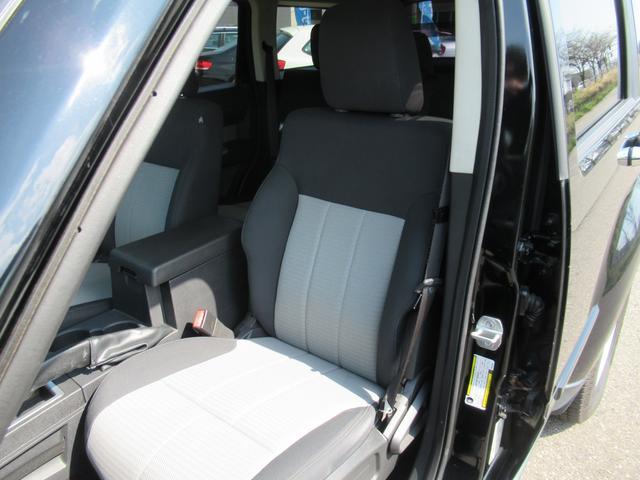 「ダッジ」「ダッジナイトロ」「SUV・クロカン」「新潟県」の中古車21
