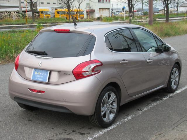 「プジョー」「208」「コンパクトカー」「新潟県」の中古車10