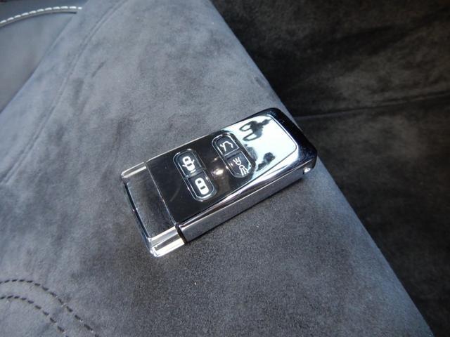 「アストンマーティン」「DBS」「クーペ」「長野県」の中古車33