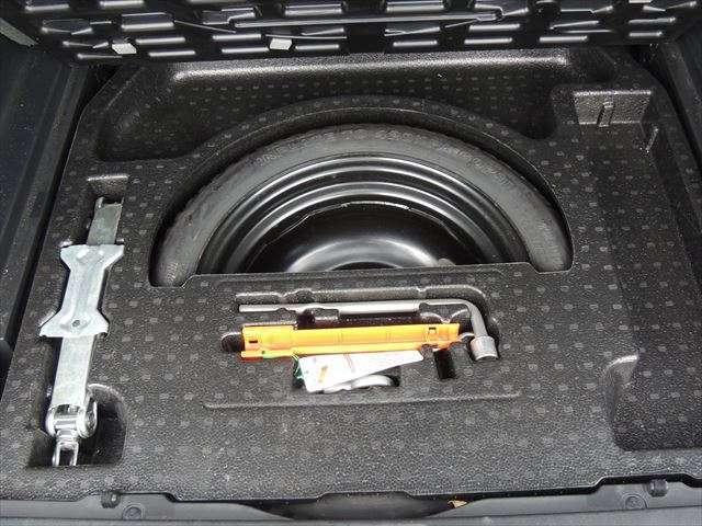 AU  パワステ ABS 4WD ベンチシート(10枚目)