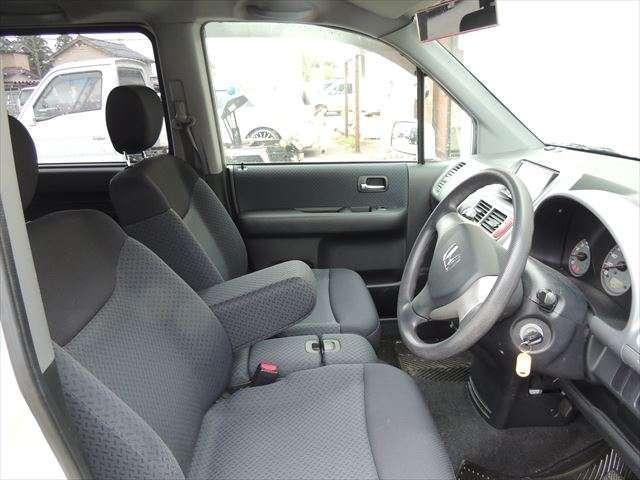 AU  パワステ ABS 4WD ベンチシート(13枚目)