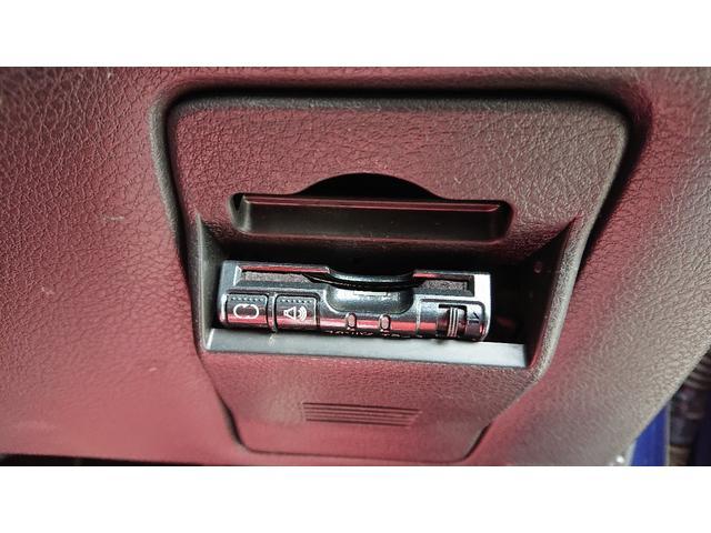 2.0GTリミテッド 4WD AT ターボ 純正ナビ TV ETC バックモニター プッシュスタート スマートキー パドルシフト 寒冷地 車検令和4年3月まで 12ケ月走行無制限保証付き 記録簿 取説 新車保証書(20枚目)