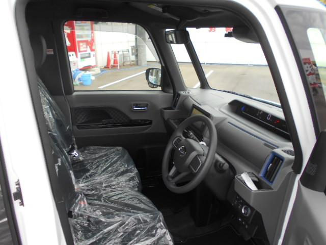 カスタムX4WD 現行モデル 新車 SDナビパノラマパック(13枚目)