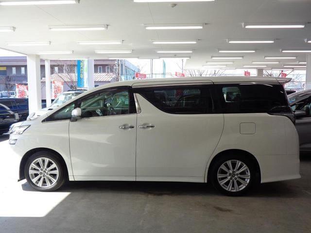 総在庫3000台を関東圏に広がる各店舗よりお取り寄せ可能です。下回り、マフラー錆の心配無い良質車をお届けします。詳しくはお問い合わせ下さい。