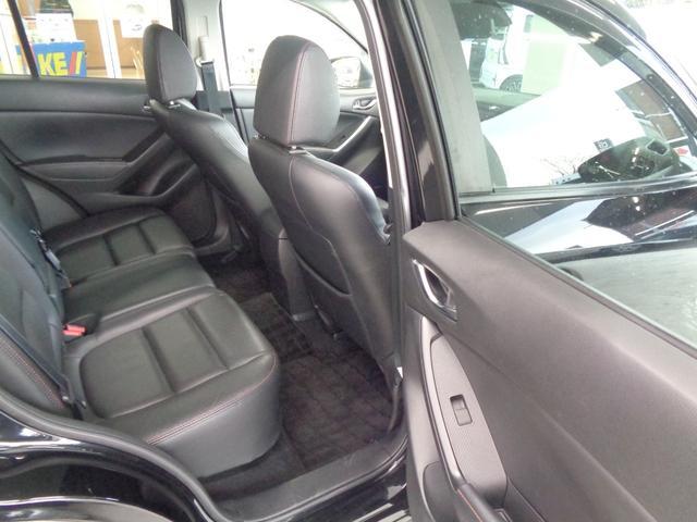 XD Lパッケージ ディーゼルターボ4WD 衝突軽減装置&RVM BOSEスピーカー 電動黒革シート&シートヒーター SDナビ&フルセグ&ブルートゥース&DVD再生 サイドカメラ 純正19AW クルコン(28枚目)