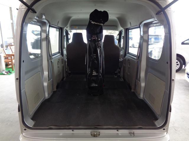 DX 5速マニュアル 4WD ワンオーナー 純正オーディオ 保証書&取扱説明書有 スペアキー有 ハイルーフ ダブルエアバッグ ドアバイザー 禁煙 2020年製スタッドレス ライトレベライザー(25枚目)