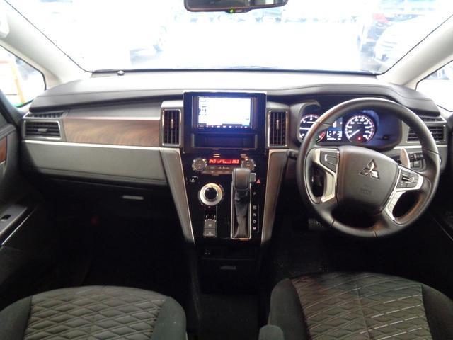 P 切替4WD ディーゼルターボ アラウンドビューモニター&衝突軽減装置&レーンキープ 両側電動スライドドア&パワーバックドア SDナビ&ブルートゥース シートヒーター LEDライト&LEDフォグ(4枚目)