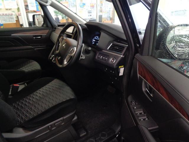 P 切替4WD ディーゼルターボ アラウンドビューモニター&衝突軽減装置&レーンキープ 両側電動スライドドア&パワーバックドア SDナビ&ブルートゥース シートヒーター LEDライト&LEDフォグ(28枚目)