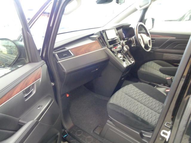 P 切替4WD ディーゼルターボ アラウンドビューモニター&衝突軽減装置&レーンキープ 両側電動スライドドア&パワーバックドア SDナビ&ブルートゥース シートヒーター LEDライト&LEDフォグ(33枚目)