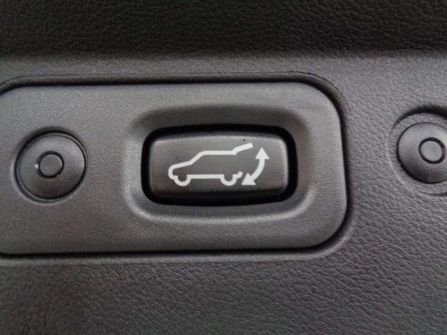 P 切替4WD ディーゼルターボ アラウンドビューモニター&衝突軽減装置&レーンキープ 両側電動スライドドア&パワーバックドア SDナビ&ブルートゥース シートヒーター LEDライト&LEDフォグ(47枚目)