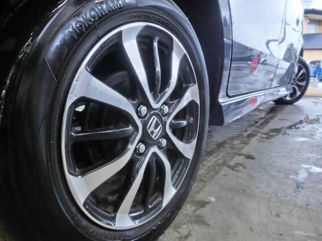G・Lホンダセンシング 4WD 追従クルコン&レーンキープ 8型メモリーナビ&フルセグTV&バックカメラ&ブルートゥース&DVD ETC シートヒーター パワースライドドア LEDライト&LEDフォグ&LEDウィンカー(16枚目)