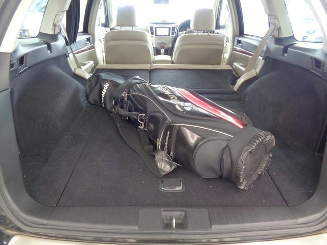 2.5iアイサイト 4WD 電動レザーシート&シートヒーター 衝突軽減&追従クルコン&レーンキープ HDDナビ&バックカメラ&フルセグTV&DVD&音楽録音 パドルシフト ETC 横滑り防止 純正17AW HID&フォグ(39枚目)