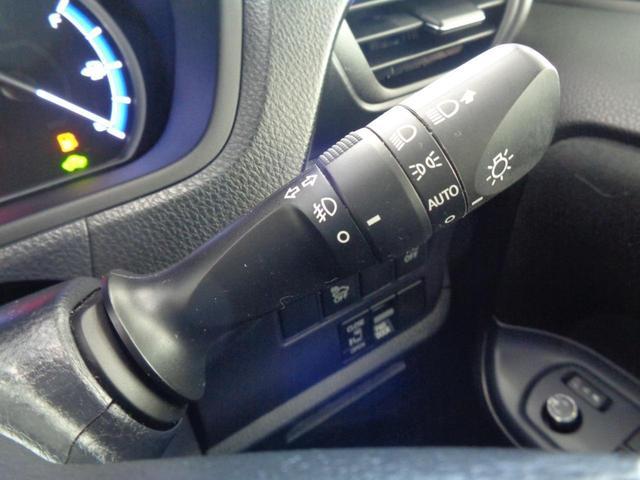 ハイブリッドG 7人乗 シートヒーター おくだけ充電 Bluetooth対応メモリーナビ バックカメラ フルセグTV DVD ETC 電動スライドドア クルコン 天井スピーカー LEDオートライト スペアキー 禁煙車(35枚目)