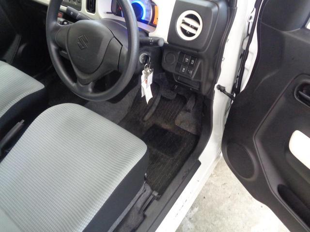 L 禁煙車 エマージェンシーブレーキ シートヒーター CD&AUX接続 アイドリングストップ 横滑り防止 キーレスエントリー リアコーナーセンサー レベライザー(12枚目)