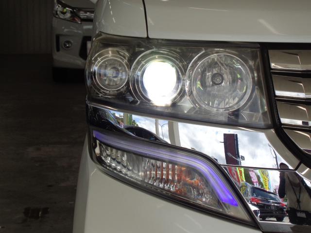 G・Lパッケージ 4WD 禁煙車 メモリーナビ&CD・DVD再生&USB接続&SD&ワンセグTV パワースライドドア  HIDオートライト&フォグ スマートキー ミラーヒーター オートエアコン エアロ 純正14AW(19枚目)
