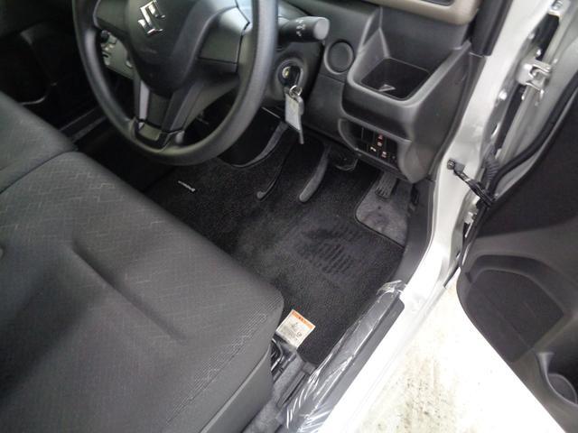 FA 4WD 当社デモカー レーダーブレーキサポート&車線逸脱警告&後退時踏み間違い防止&コーナーセンサー ETC 純正CDオーディオ キーレス ベンチシート オートライト プライバシーガラス(20枚目)