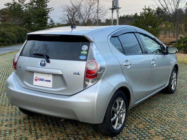 「トヨタ」「アクア」「コンパクトカー」「新潟県」の中古車14