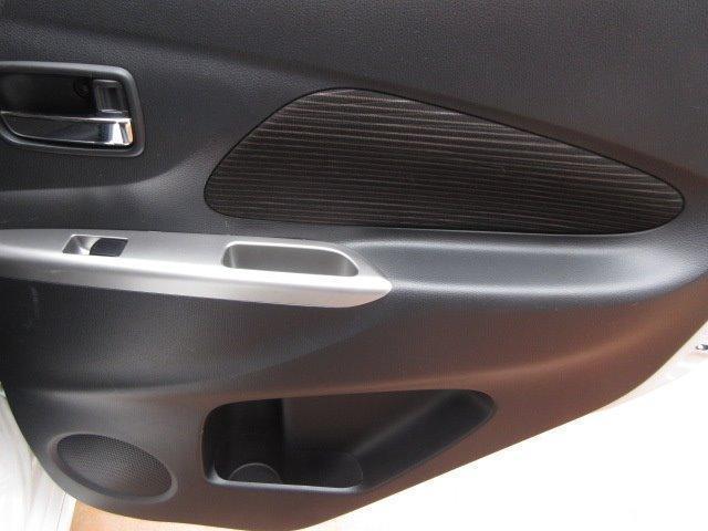 M HIDヘッドランプ Stradaメモリーナビ フルセグTV Bluetooth接続機能付 ドライブレコーダー ボイスタイプETC アイドリングストップ キーレス 社外アルミホイール 155/65R14(13枚目)