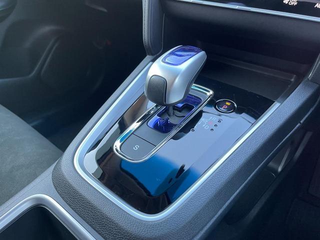 ハイブリッド ハイブリッド メモリーナビ ミュージックプレイヤー接続 Bluetooth接続 ETC スマートキー プッシュスタート スペアキー オートリトラミラー 横滑り防止装置 アイドリングストップ(18枚目)