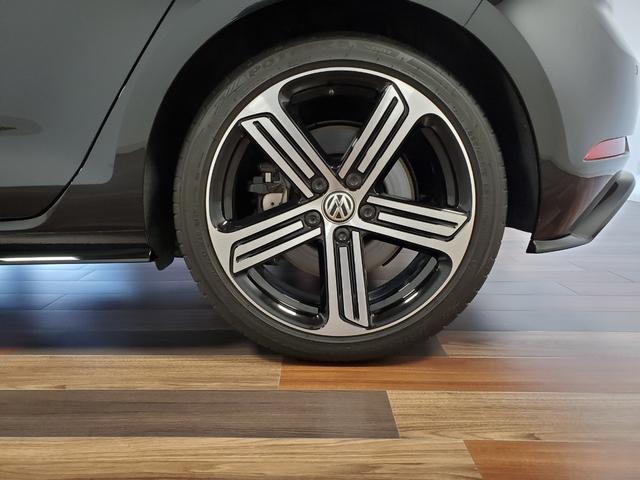 ベースグレード 4WD LEDライト シートヒーター オートクルーズコントロール Bカメラ ナビ パワーシート ETC 横滑り防止装置 盗難防止システム 革  レーンキープ(12枚目)