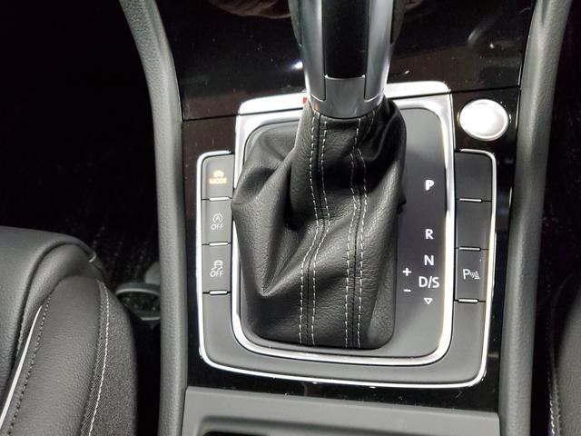 ベースグレード 4WD LEDライト シートヒーター オートクルーズコントロール Bカメラ ナビ パワーシート ETC 横滑り防止装置 盗難防止システム 革  レーンキープ(22枚目)