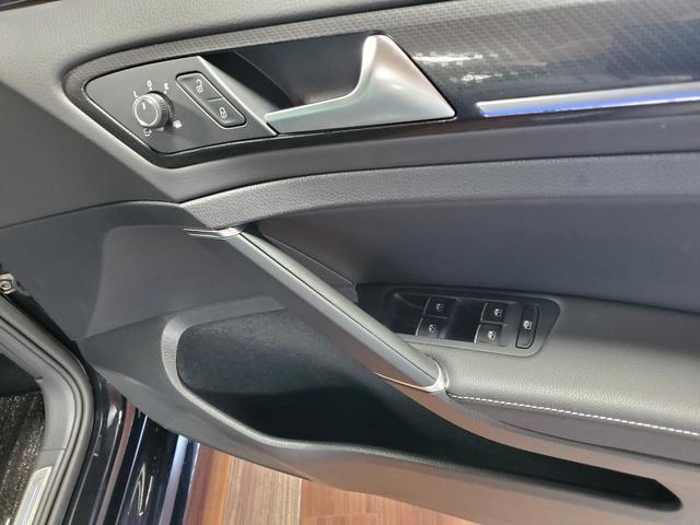 ベースグレード 4WD LEDライト シートヒーター オートクルーズコントロール Bカメラ ナビ パワーシート ETC 横滑り防止装置 盗難防止システム 革  レーンキープ(27枚目)