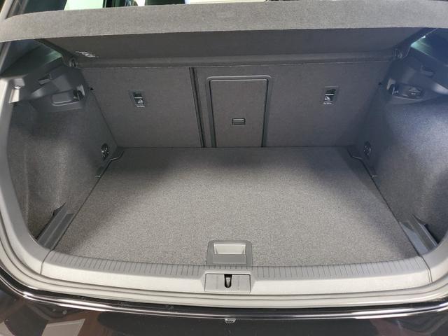 ベースグレード 4WD LEDライト シートヒーター オートクルーズコントロール Bカメラ ナビ パワーシート ETC 横滑り防止装置 盗難防止システム 革  レーンキープ(30枚目)