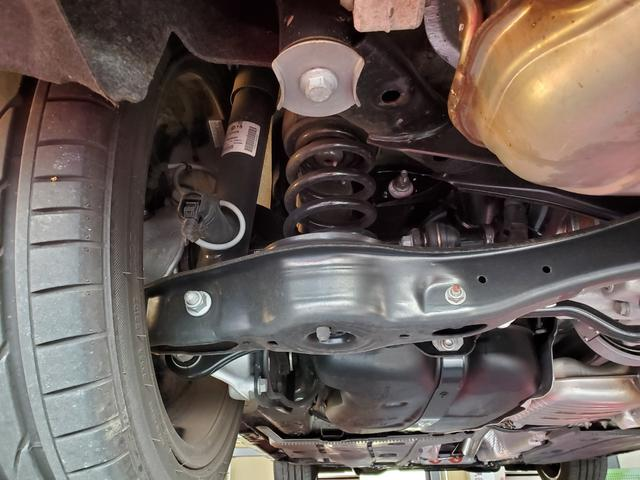 ベースグレード 4WD LEDライト シートヒーター オートクルーズコントロール Bカメラ ナビ パワーシート ETC 横滑り防止装置 盗難防止システム 革  レーンキープ(36枚目)